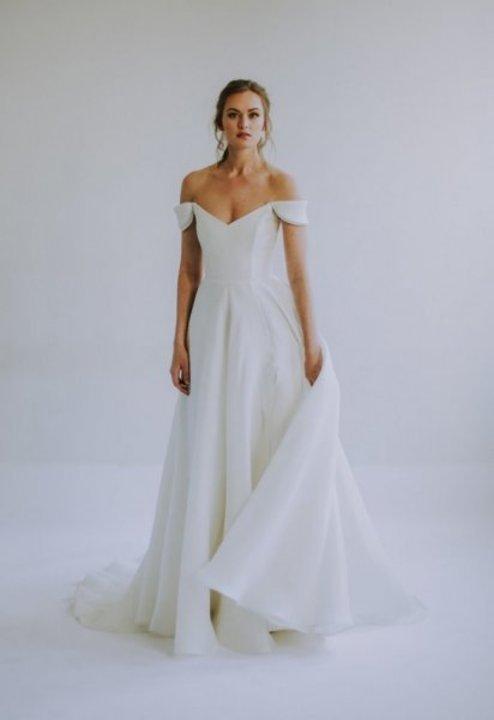فساتين زفاف ليان مارشال Leanne Marshall لعام 2020 انثوية و غاية في الرومانسية