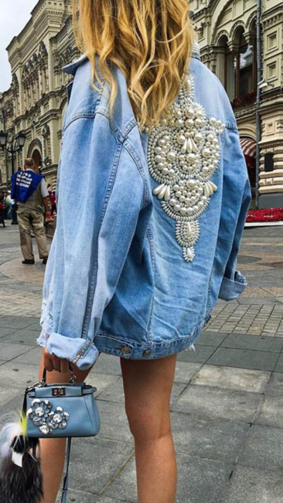 جينزات مطرزة موضة الصيف!