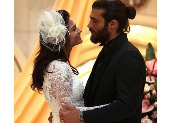 صور زفاف جان يامان وديميت أوزمير تشعل مواقع التواصل الاجتماعي