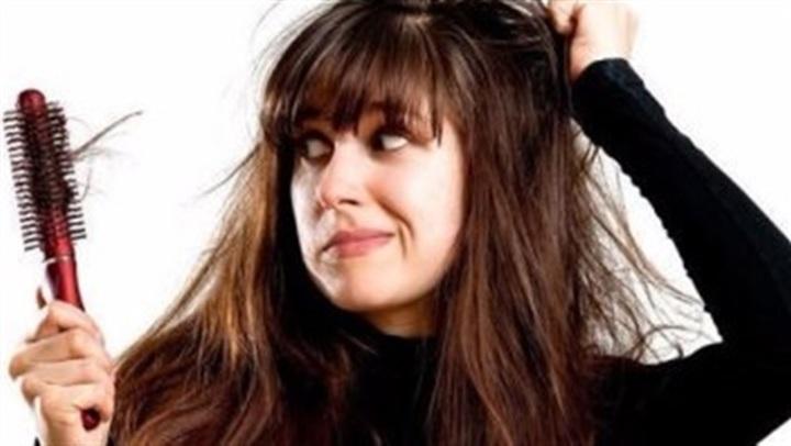 لو شعرك بيقع وخفيف.. وصفة مذهلة للتخلص من تساقط الشعر