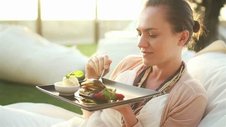 في أي مواعيد يجب تناول الطعام من اجل خسارة الوزن؟ إليكم التفاصيل