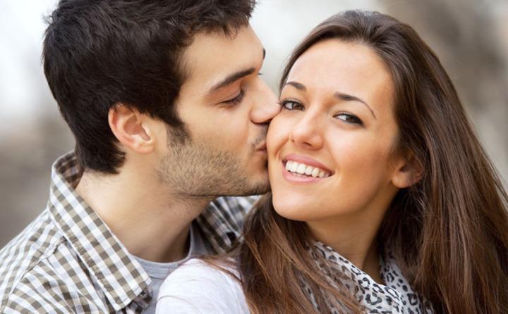هكذا تجذبين زوجك من خلال لغة جسدك!