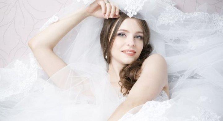 كيفية التخلص من البثور السوداء في الوجه قبل الزفاف