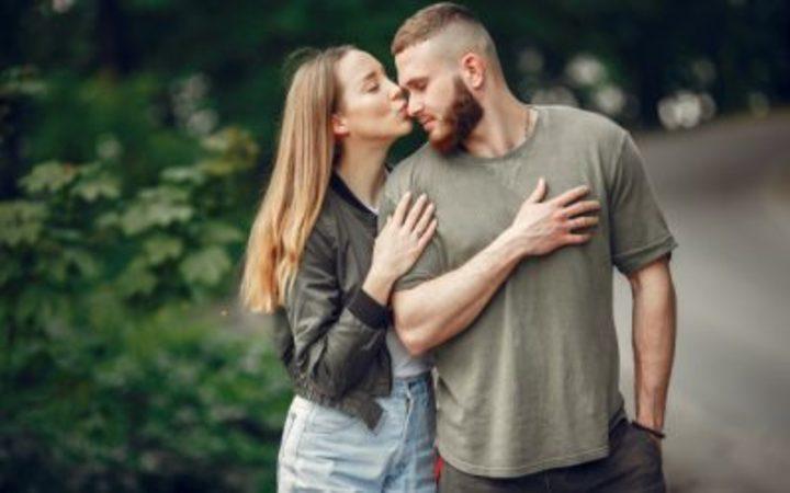 8 علامات تؤكد أنه لن يتزم معك في العلاقة حتى لو كان يحبك