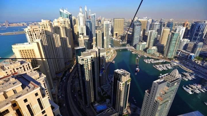 ما النشاطات التي يمكن ممارستها في دبي الى جانب التسوّق في العيد؟