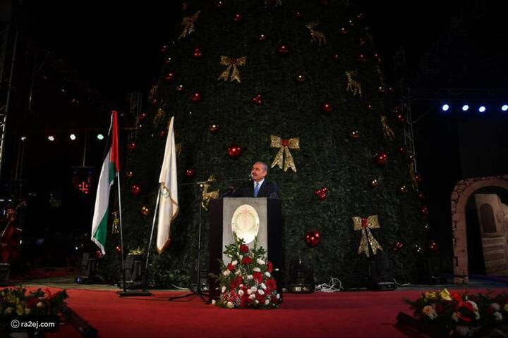 شاهد: بيت لحم تضيء شجرة الميلاد إيذاناً بانطلاق موسم الأعياد