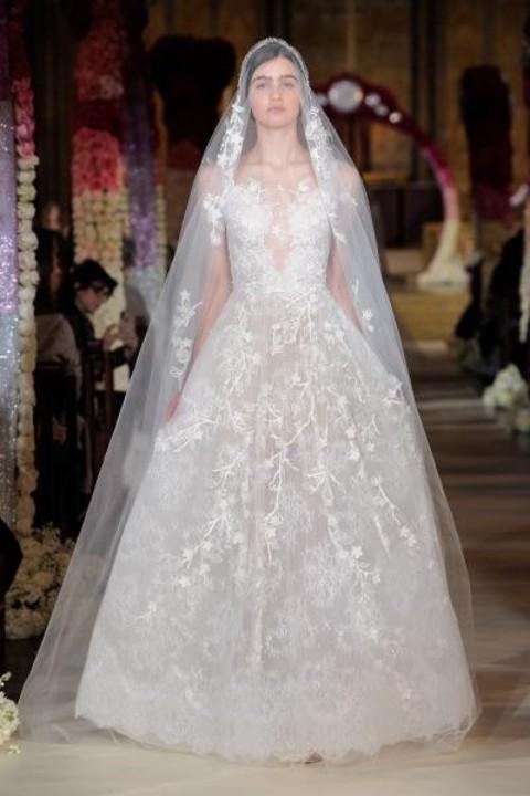 فساتين زفاف دانتيل موضة ربيع 2020 من أسبوع نيويورك
