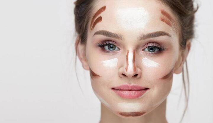 قواعد كونتور الوجه النحيف لجعله ممتلئا
