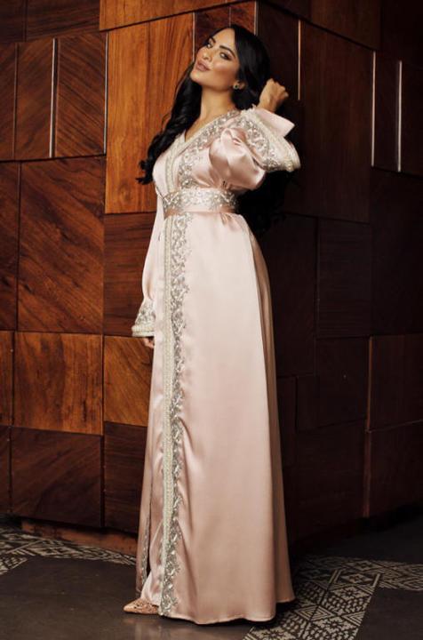 4be8943f440c6 فاطمة حسام من المؤثرات في عالم الموضة مدونات ومؤثرات الموضة يخترن