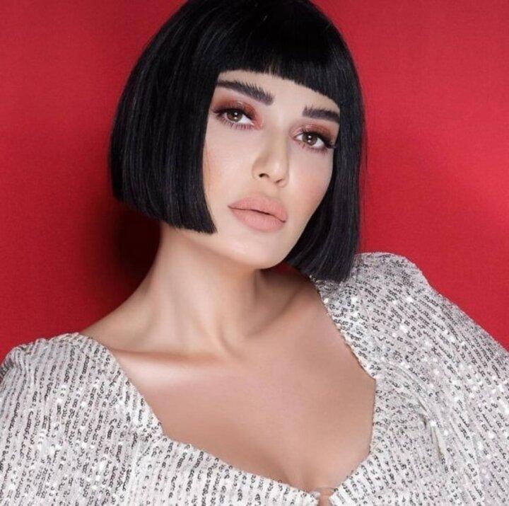 مدونة جمال محجبة تثير ضجة لشبهها بـ سيرين عبد النور ..بالصور