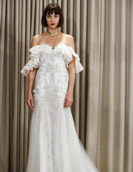 94de333ef2a1e فساتين زفاف خاصة بالعروس صاحبة برج الثور