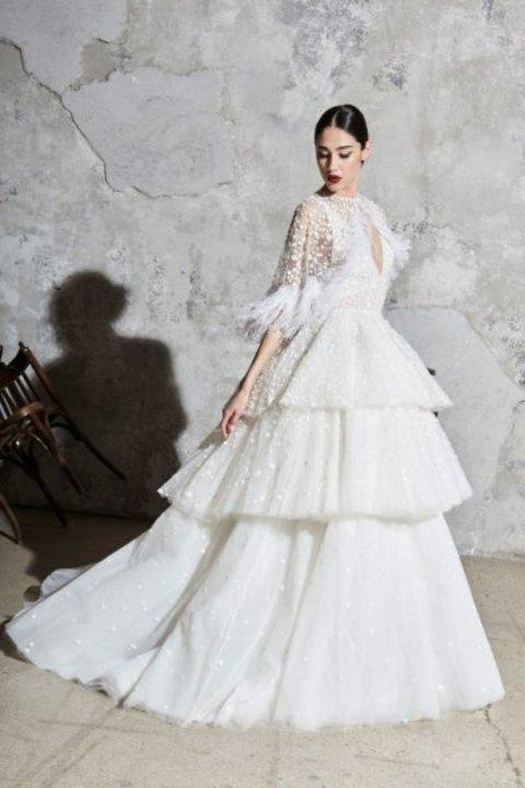اسبوع الموضة العرائسي من مجموعة زهير مراد