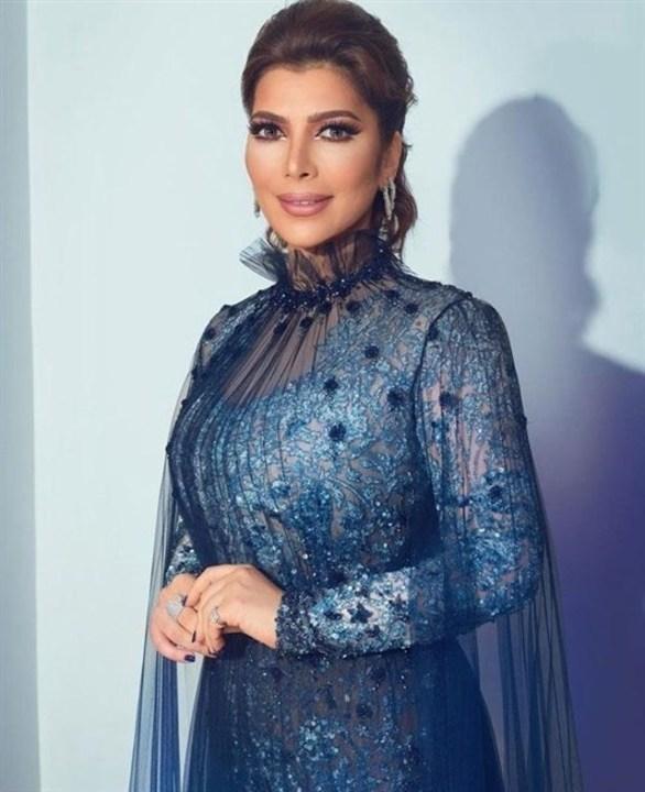اطلالات للنجمات العربيات بأزياء محتشمة يمكن أن تستوحي منها