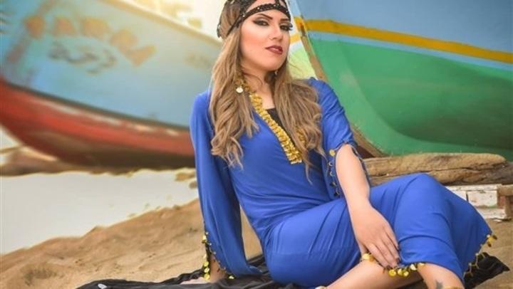 بفستان زيتي قصير.. إيمي طلعت زكريا بإطلالة تبرز رشاقتها