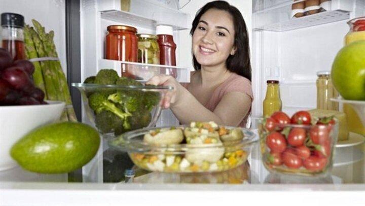 العسل والثوم والخبز.. احذري وضع 5 أطعمة في الثلاجة