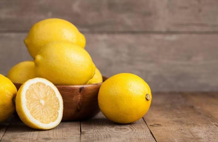 نصف معلقة وسط من عصير الليمون مع هذا الزيت تحرق دهون البطن