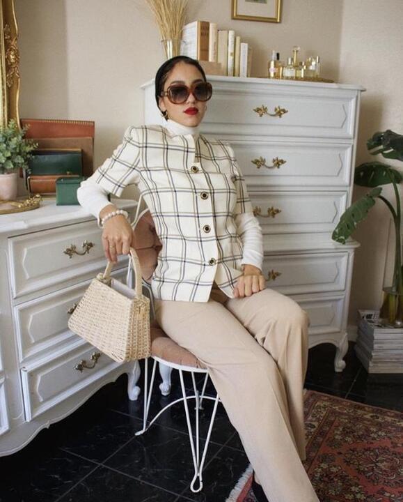 أزياء كاجوال للمحجبات بأسلوب سالي عاشور