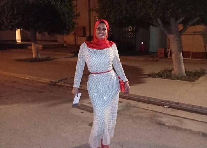 سما المصري تثير الجدل بحجابها في افتتاح مهرجان القاهرة السينمائي... هكذا تم طردها