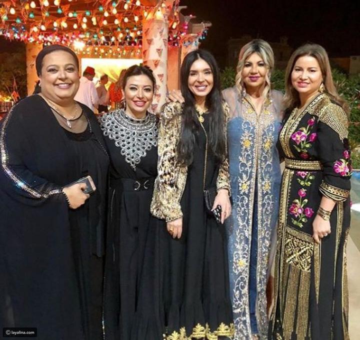 صور أزياء بوسي شلبي في رمضان تقسم الآراء.. هل أخفقت في اختياراتها؟