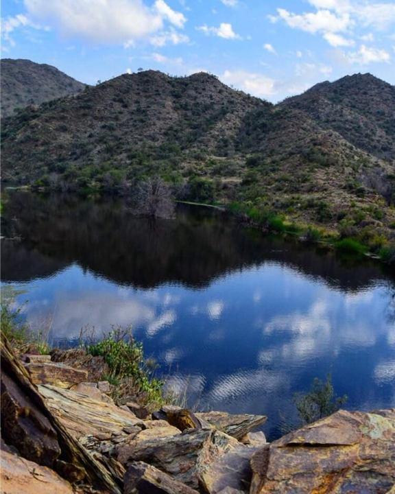 منوعات: انعكاس الطبيعة في حسمي + إطلالة على جبال السروات، والمزيد..