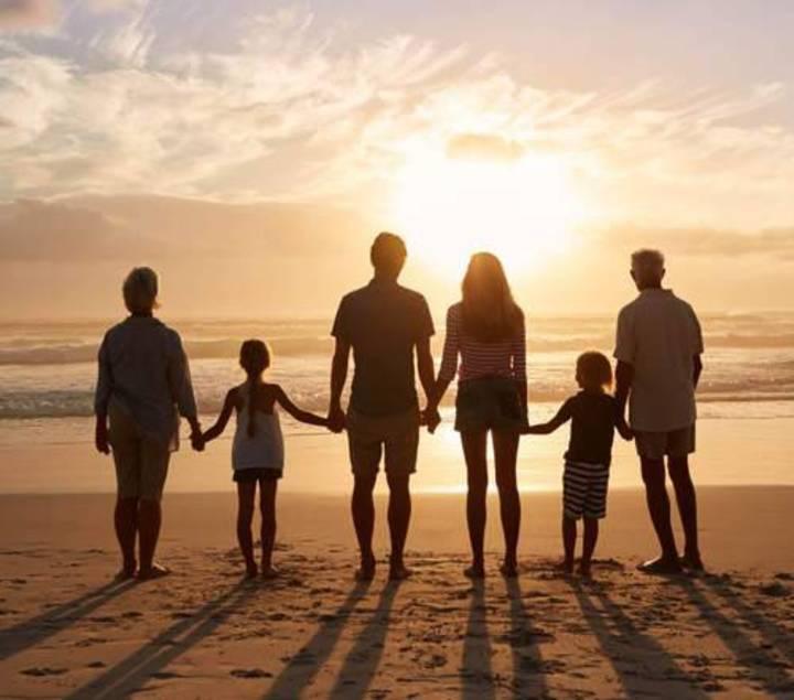 عائلتي الحقيقيّة
