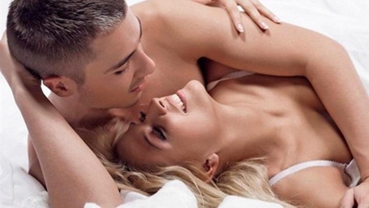 هل تفضل الزوجة العلاقة الحميمية العنيفة أم الهادئة؟