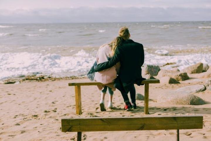 للمتزوجات: هل للسفر تأثير في تجديد حياتك الزوجية؟