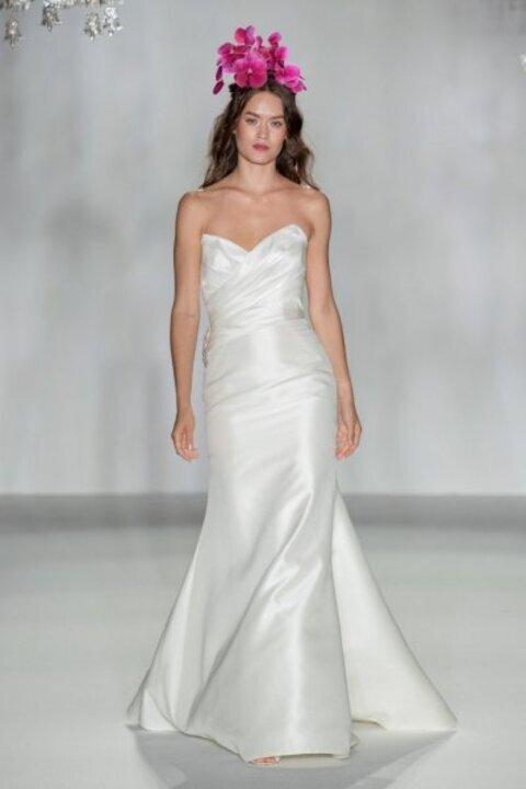 مجموعة زفاف Anne Barge في اسبوع الموضة العرائسي 2020