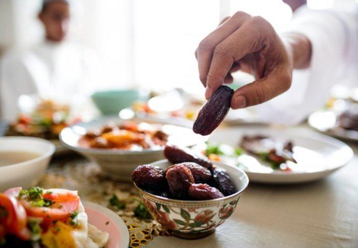 اهم فوائد التمر للبشرة والشعر في رمضان