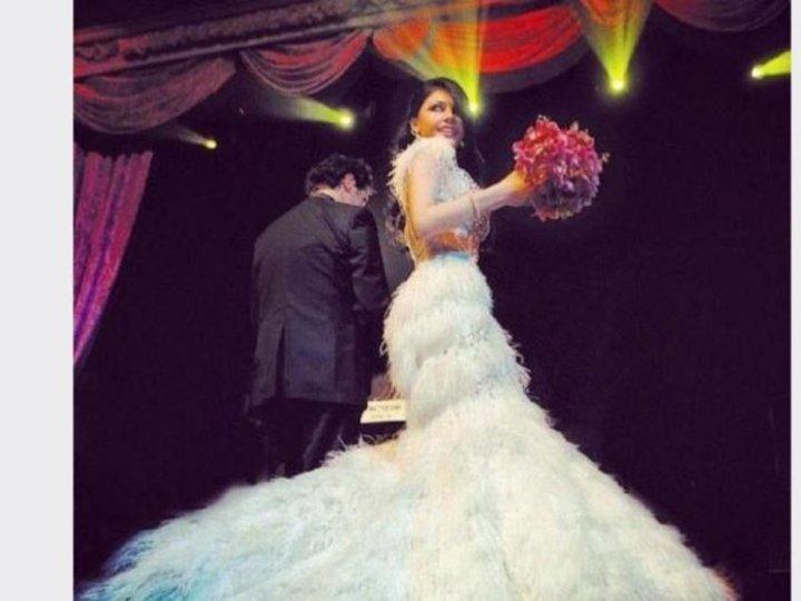 موديلات فساتين زفاف تايبست على طريقة النجمات