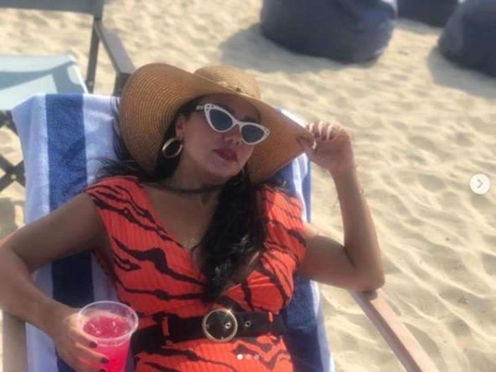 إثارة وأناقة.. رانيا يوسف تستقبل الصيف بـ 5 إطلالات جريئة