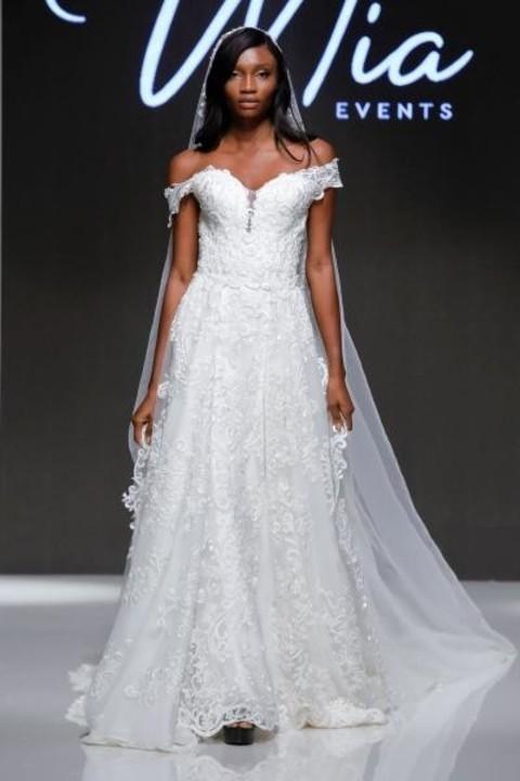 اجمل فساتين زفاف 2020 من أسبوع دبي للموضة