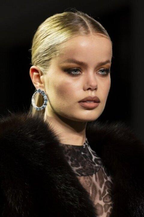 اجمل صيحات مكياج جمالية سيطرت على اطلالات عام 2019