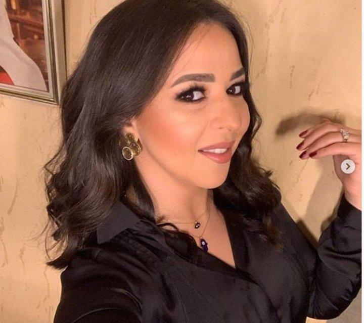 بلوك جديد..ايمي سمير غانم تبهر جمهورها بميكب يغير ملامحها