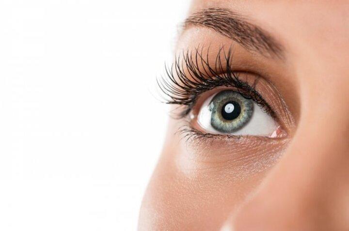 6 طرق طبيعية لتحسين البصر