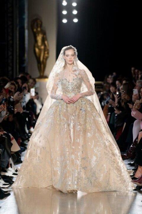 فساتين زفاف فخمه من حكايات الخيال لعروس 2020