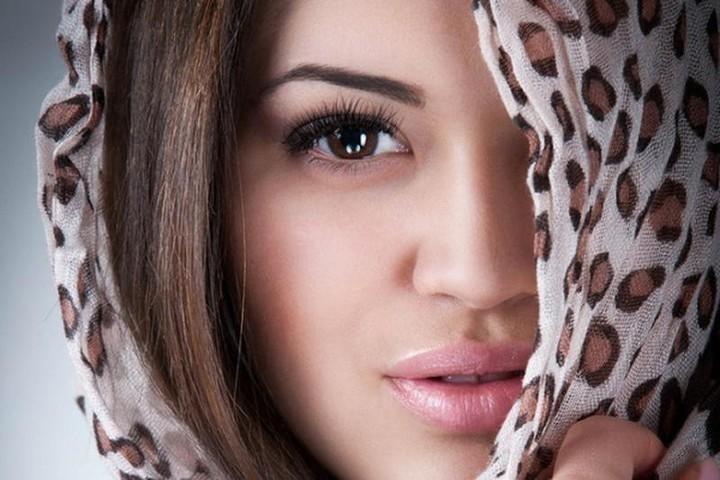 خلطات بسيطة للعناية بجمال وصحة شعر المحجبة