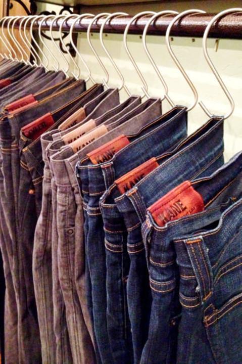 7 أفكار لاستغلال أفضل لدولاب ملابسكِ