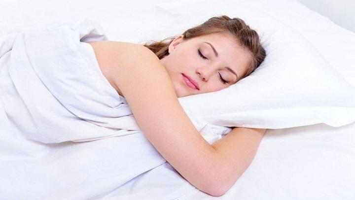 دراسة توضح تأثير كثرة النوم على الصحة
