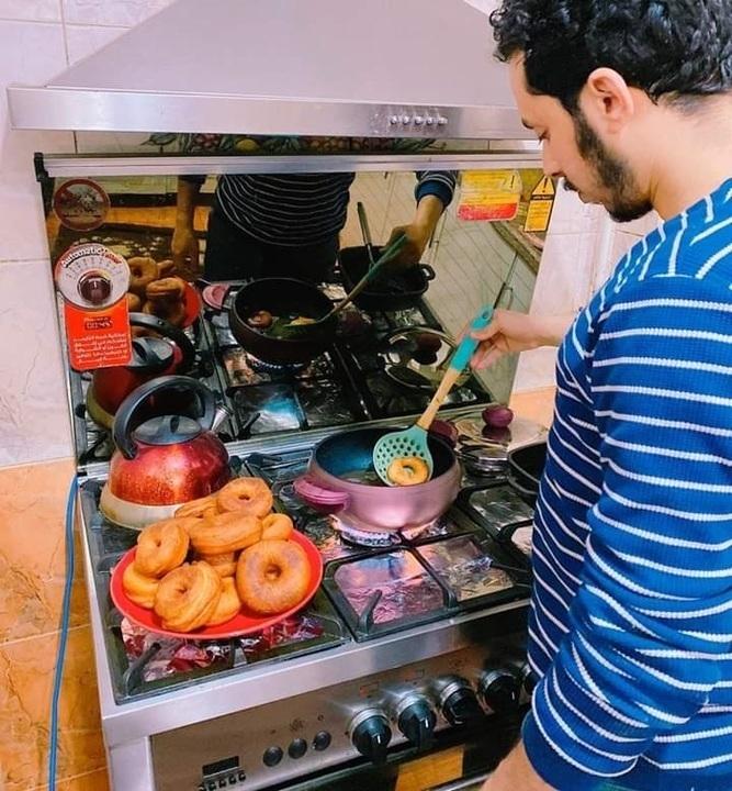 تحدي الطبخ والرجل المثالي😂