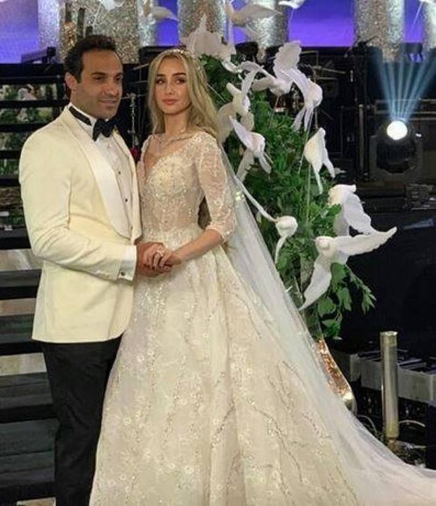 الصور الأولى من حفل زفاف هنا الزاهد وأحمد فهمي الأسطوري.. شاهدي فستانها المميز
