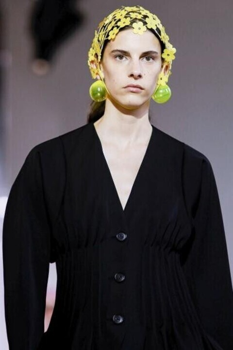 أجدد صيحات الاكسسوارات 2020 من أسبوع الموضة بباريس