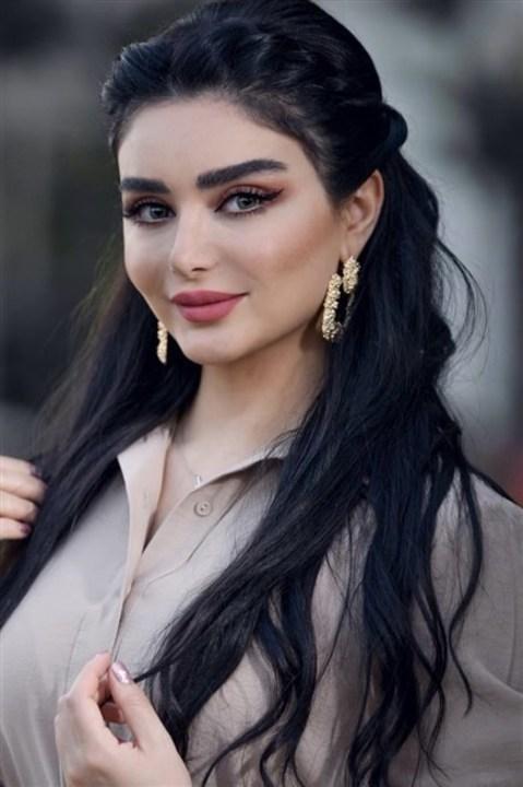 بالصور... إستوحي من هيفاء حسوني أروع المكياجات!