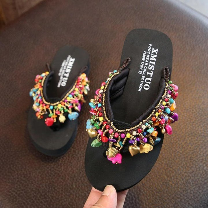 أحذية الفليب فلوب لنزهات الشاطئ
