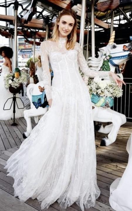 أجمل فساتين زفاف دانتيل ناعمة 2020