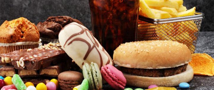 أطعمة تؤثر على صحة الكبد بالسلب