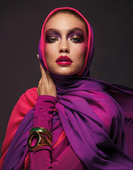 88c01b355 عارضات عربيات يتخطّين الحواجز لتغيير وجه عالم الموضة