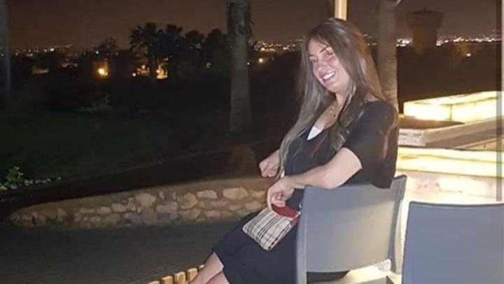 فستان فوق الركبة.. نيرمين الفقي بإطلالة جديدة على إنستجرام