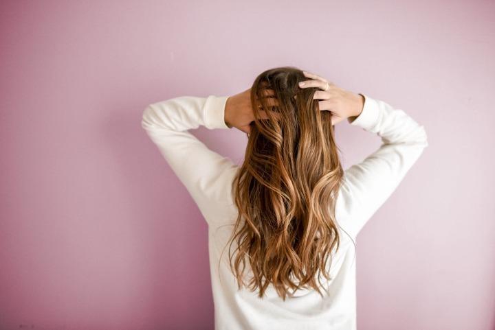 هل تريدين معرفة نوع شعرك وكيفية الإعتناء به؟