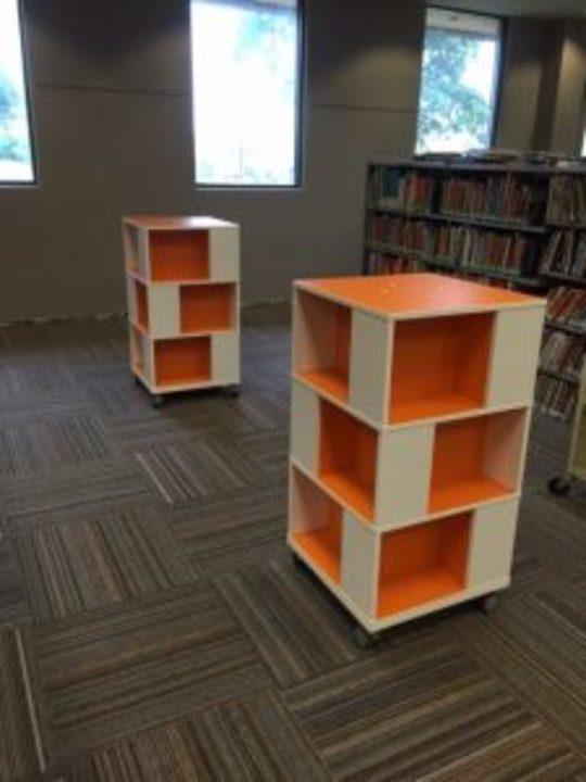 بالصور: أفكار لتصميم مكتبات منزلية